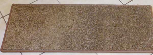 Lépcsőszőnyeg középbarna nyírt SZG356 törés nélkül 7020 négyzetes/Cikksz:05320129