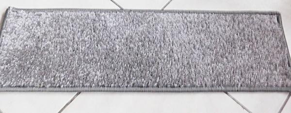 Lépcsőszőnyeg szürke nyírt SZG354 törés nélkül 8020 négyzetes/Cikksz:0532014