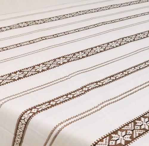 Fehér arany organza csíkos dekor terítő, hosszú/Cikksz:023144