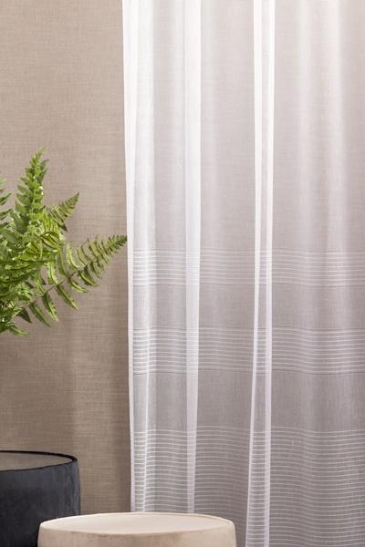 Fehér voila kész függöny fekete nyírt mintával A.C.CS./150x300cm/Cikksz:01120872