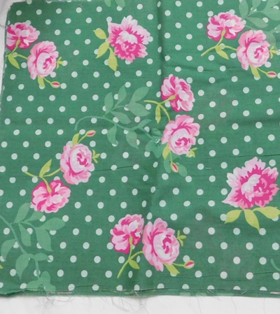 Pöttyös virágos karton maradék zöld 90x40cm/Cikksz:1231068