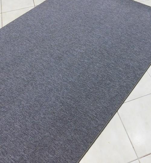 Szürke buklé szegett szőnyeg SZG410 67x120cm/Cikksz:0520993