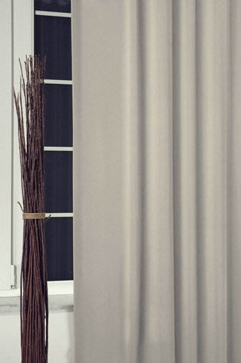 Blackout sötétítő függöny 150-es 42 ezüst méterben/Cikksz:01220010